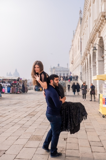 Armenian-engagement-photoshoot-in-Venice
