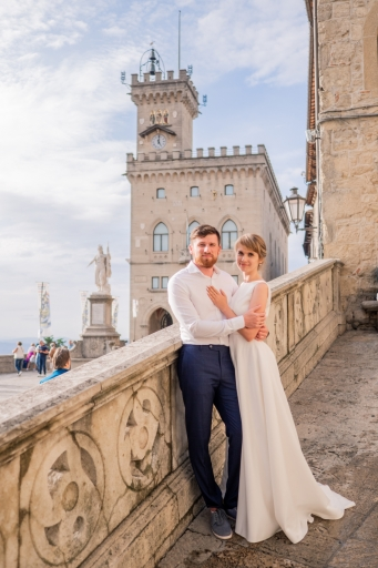 Wedding-photo-shoot-in-medieval-san-marino